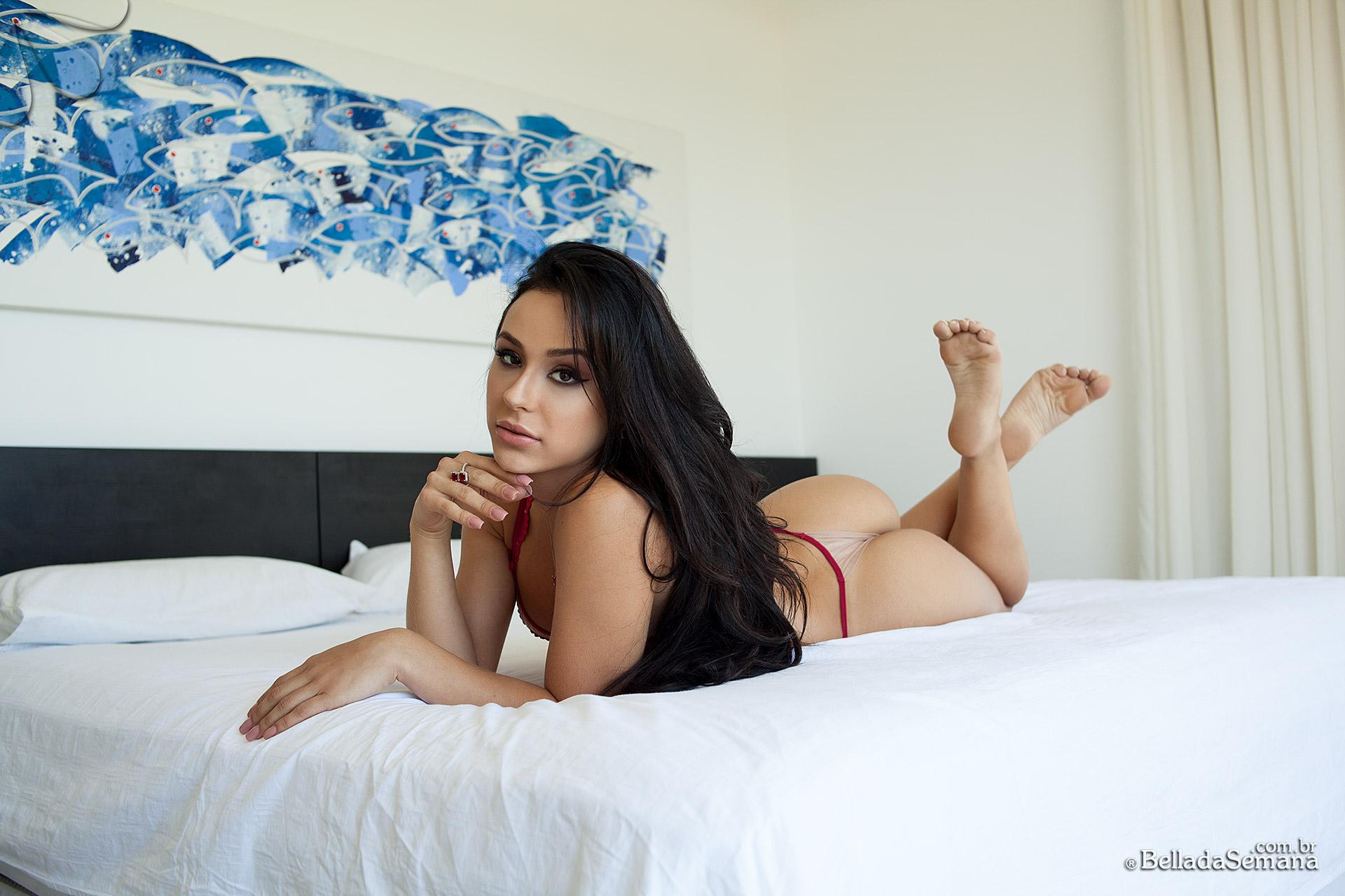 Kalinka Rocha na Bella da Semana