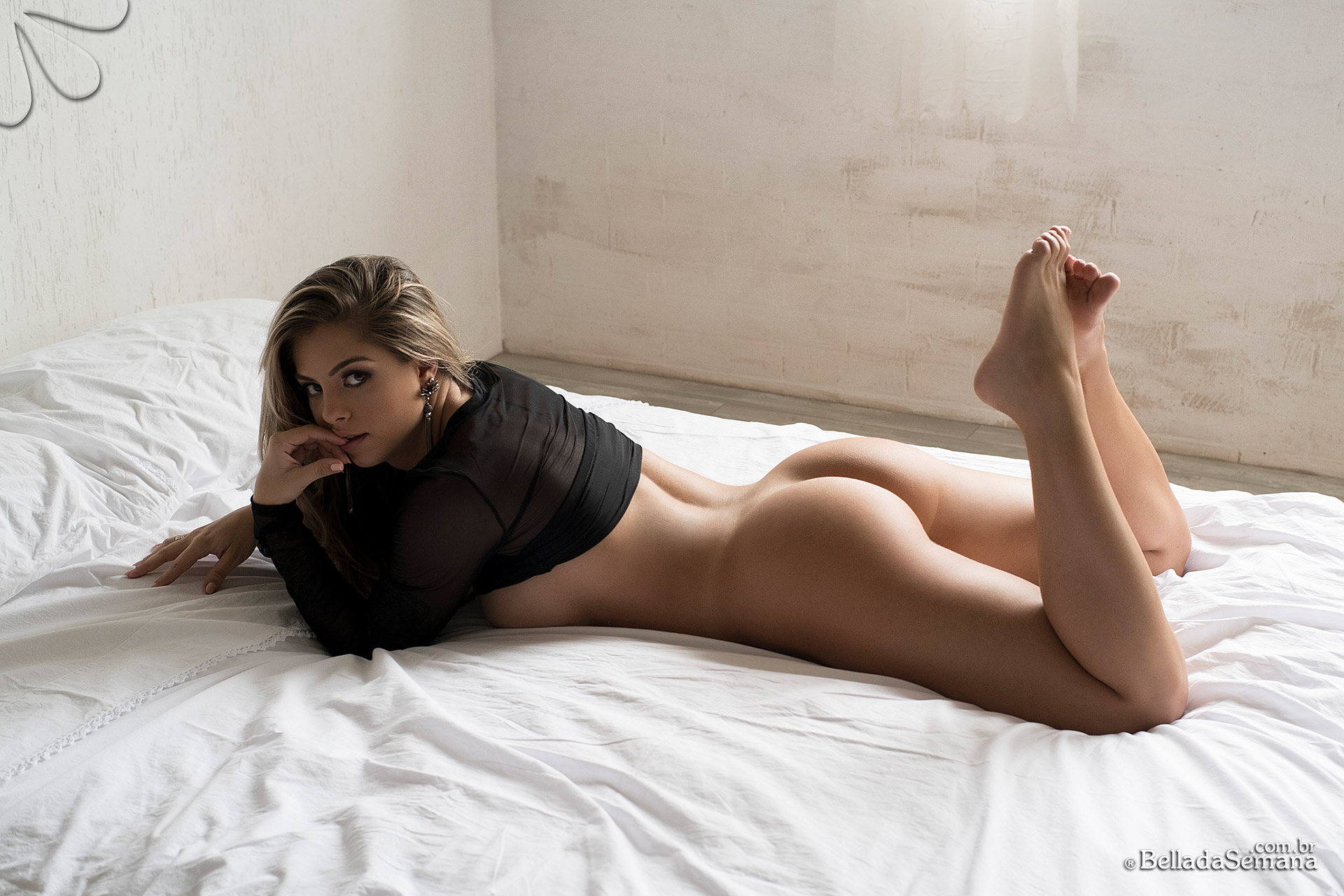 Stefanie Mello