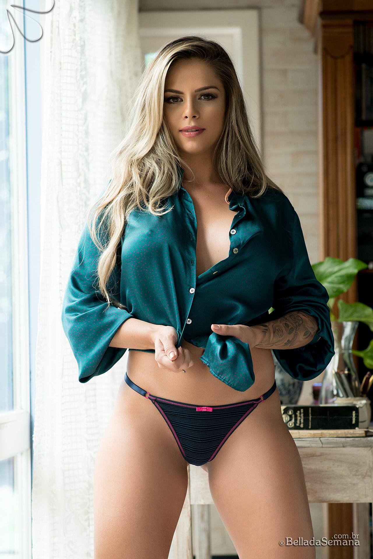 Musa gaúcha, Stefanie Mello
