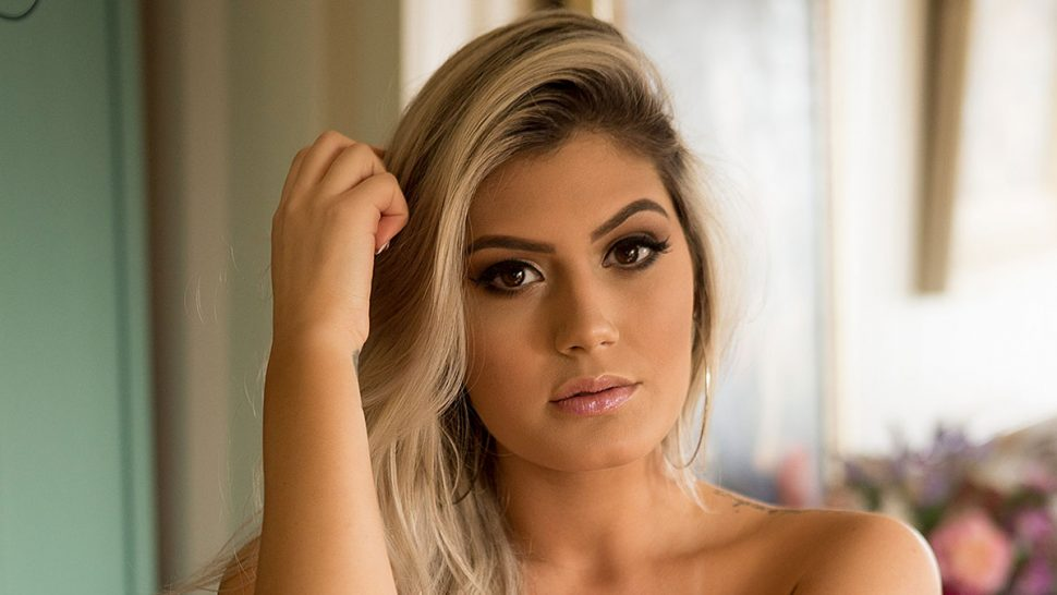 Fernanda Cardoso, belíssima no Bella da Semana