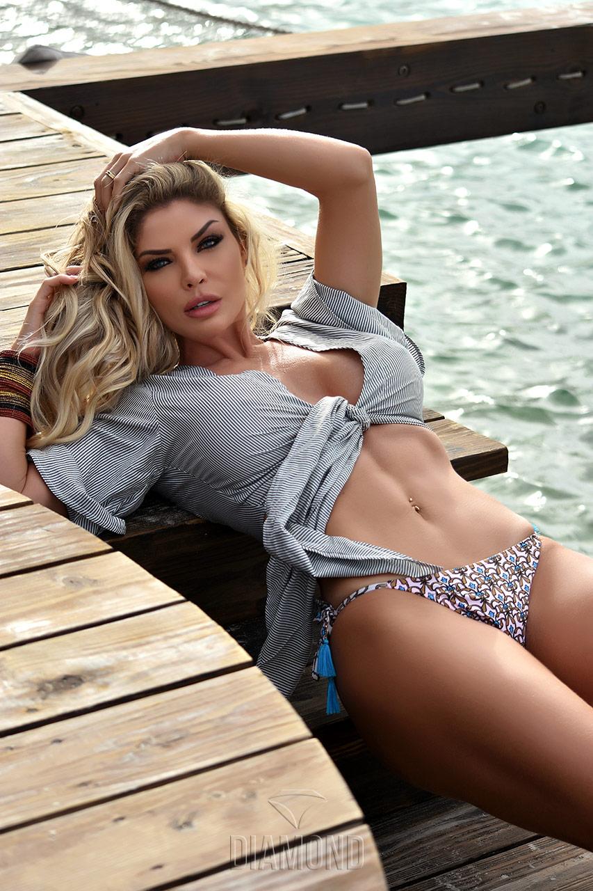 Viviane Bordin - 3 anos da Revista Diamon Brazil