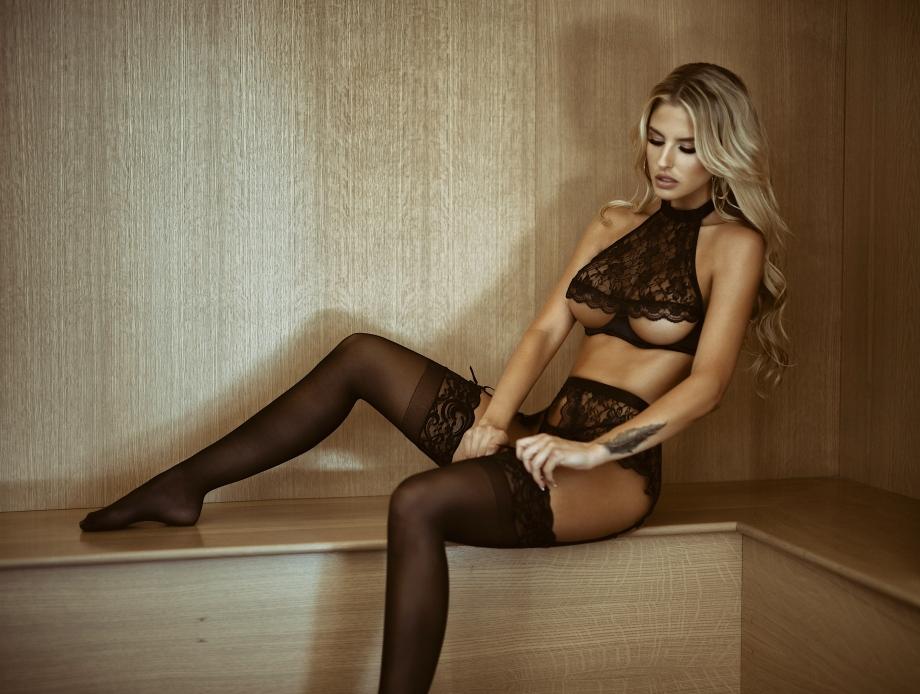 Brennah Black de lingerie