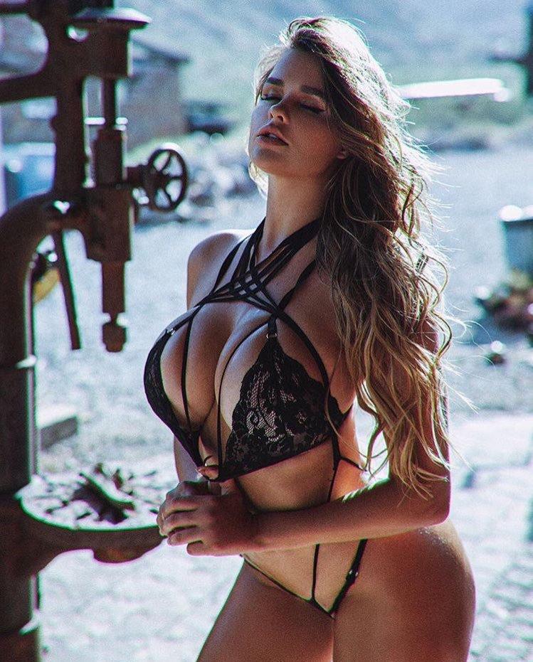 Anastasiya Kvitko, uma maravilha de mulher